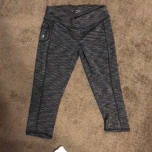 Danskin Capri length leggings size small